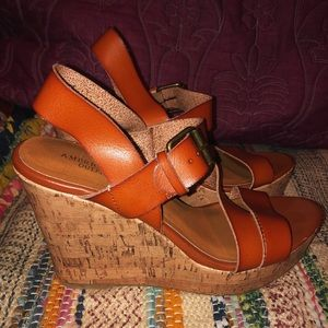 American Eagle leather wedge sandals
